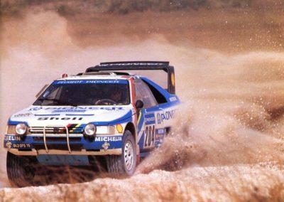 Ari vatanen (Peugeot 405 Turbo 16) Paris-Dakar 1988