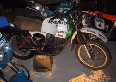 yamaha xt 500 preparada artesanalmente para el rally Paris-Dakar de 1979-1980 XT 500 534cc 1cil 39cv 148kg 150kmh