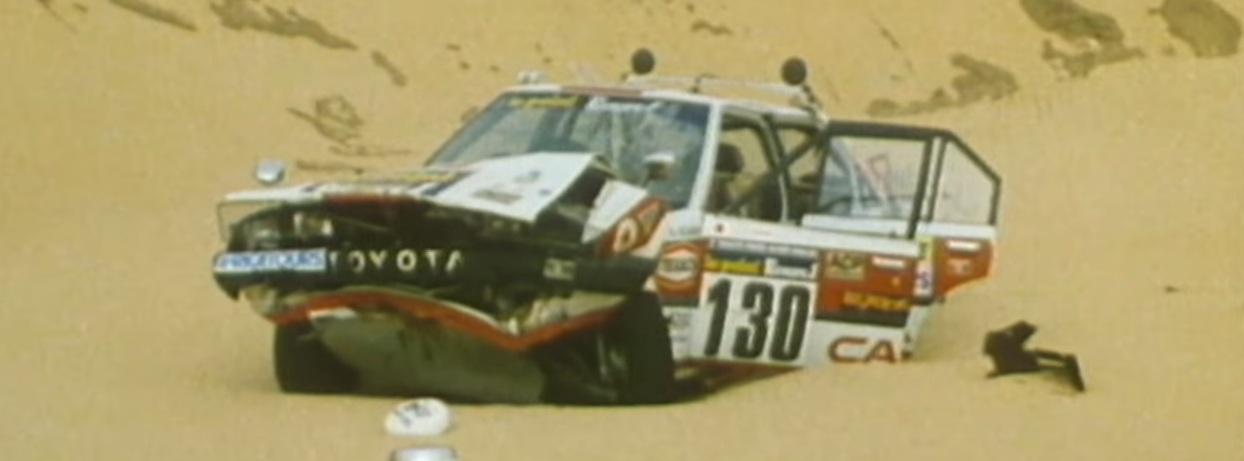 Vehículos afectados durante la tormenta de arena del Dakar 1986