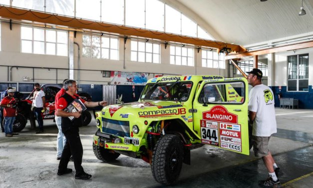 La segunda jornada de verificaciones del Dakar 2018 en fotos