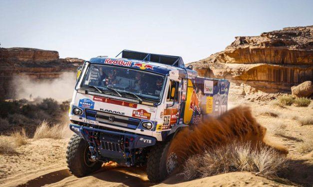 Sotnikov gana la quinta etapa, Karginov se afianza – Resumen Camiones – Dakar 2020