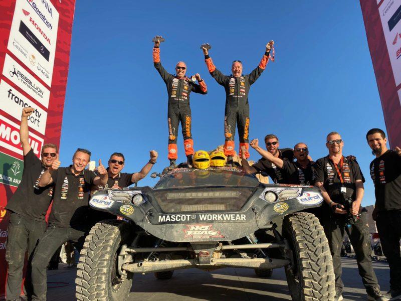 El mejor Dakar para Tim y Tom Coronel