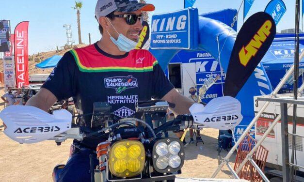El Chavo Salvatierra está participando en la mítica Baja 500