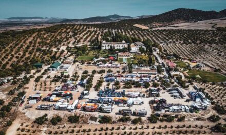 Fotos: El campamento del Andalucía Rally va tomando color