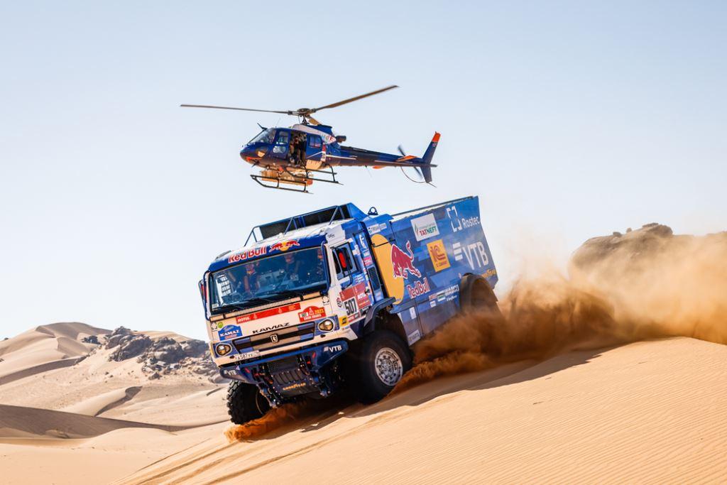 Sotnikov comienza a tomar distancia en la segunda especial – Reporte Camiones – Dakar 2021