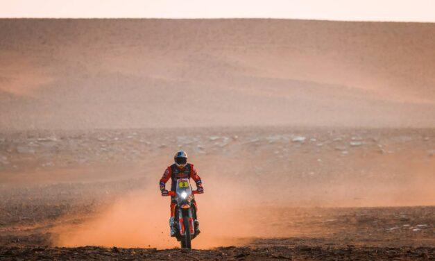Toby Price tuvo una dura caída y debió abandonar el Dakar 2021