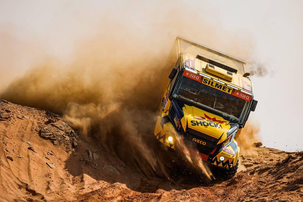 Martin Macik logra una gran victoria en la Etapa 9 - Reporte Camiones - Dakar 2021