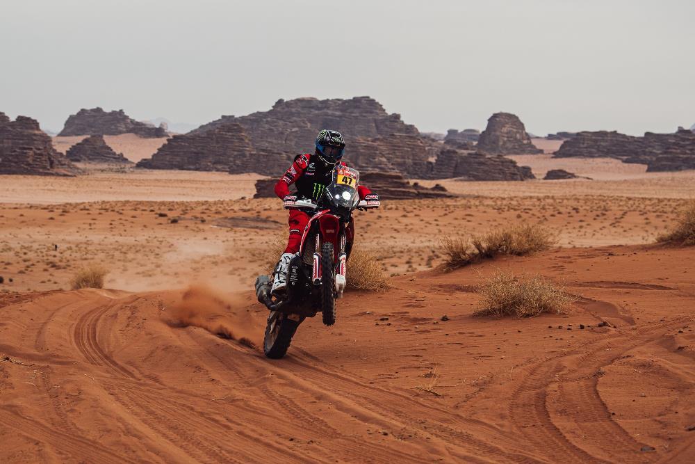 Kevin Benavides vuelve a tomar el liderazgo general en la etapa 10 – Dakar 2021