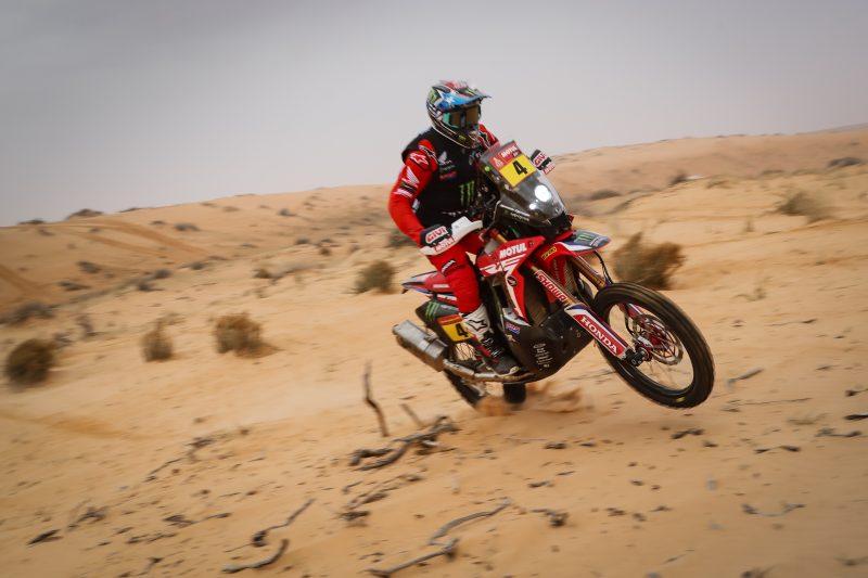 Ricky Brabec ganó la etapa maratón, mientras Cornejo es el nuevo líder del Dakar 2021 – Reporte Motos