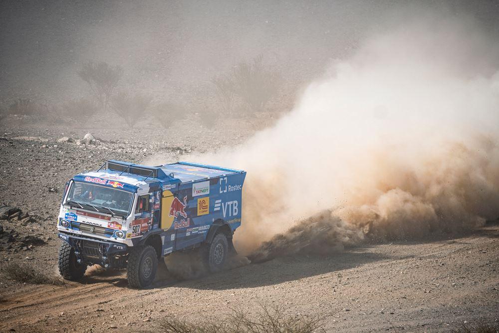Sotnikov le da la primera especial a Kamaz – Dakar 2021 – Reporte Camiones