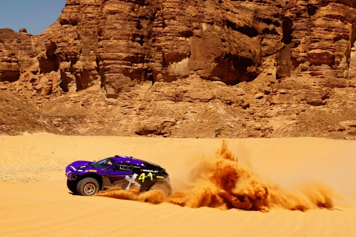 Sebastien Loeb y Cristina Gutiérrez ganaron la clasificación de Extreme E en Arabia Saudita