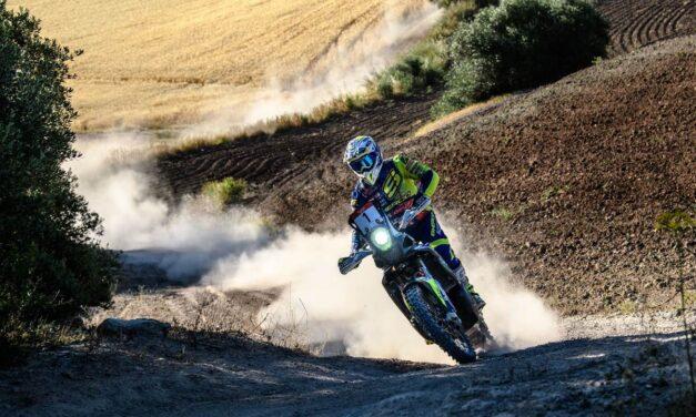 Lorenzo Santolino anota la victoria para Sherco en la etapa 1 – Resumen Andalucía Rally