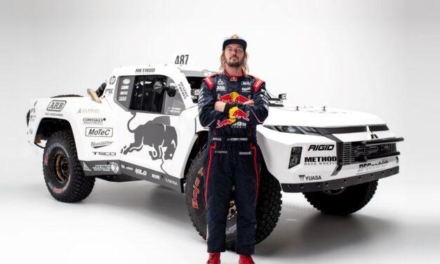 Toby Price adquiere una espectacular Trophy Truck Mitsubishi