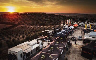Video: El campamento del Andalucía Rally 2021 va tomando forma