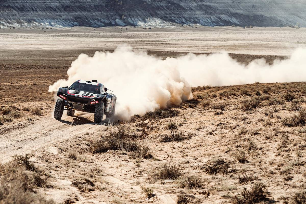 Serradori y Branch dominan la primera etapa en Kazajistán