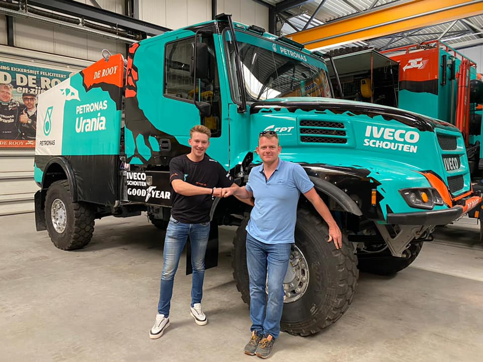 Mitchel Van Den Brink se une al Team De Rooy para el Dakar 2022