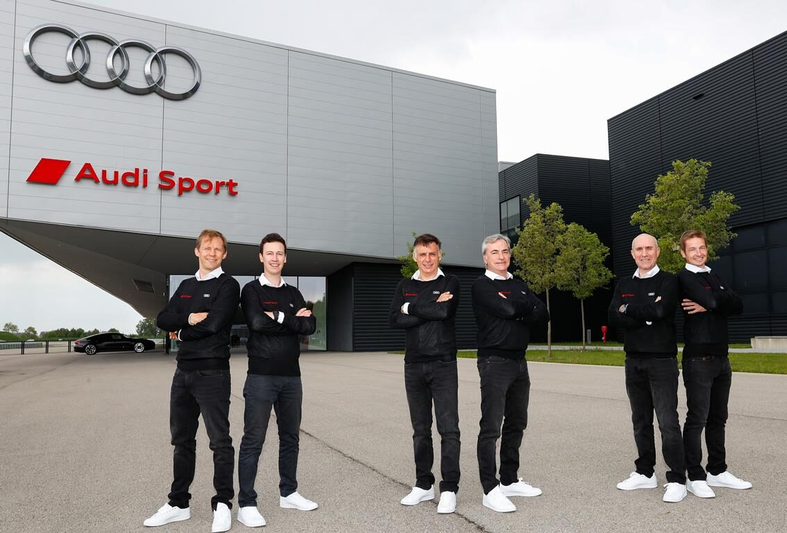 Audi confirma a Carlos Sainz y Stéphane Peterhansel para el Dakar 2022