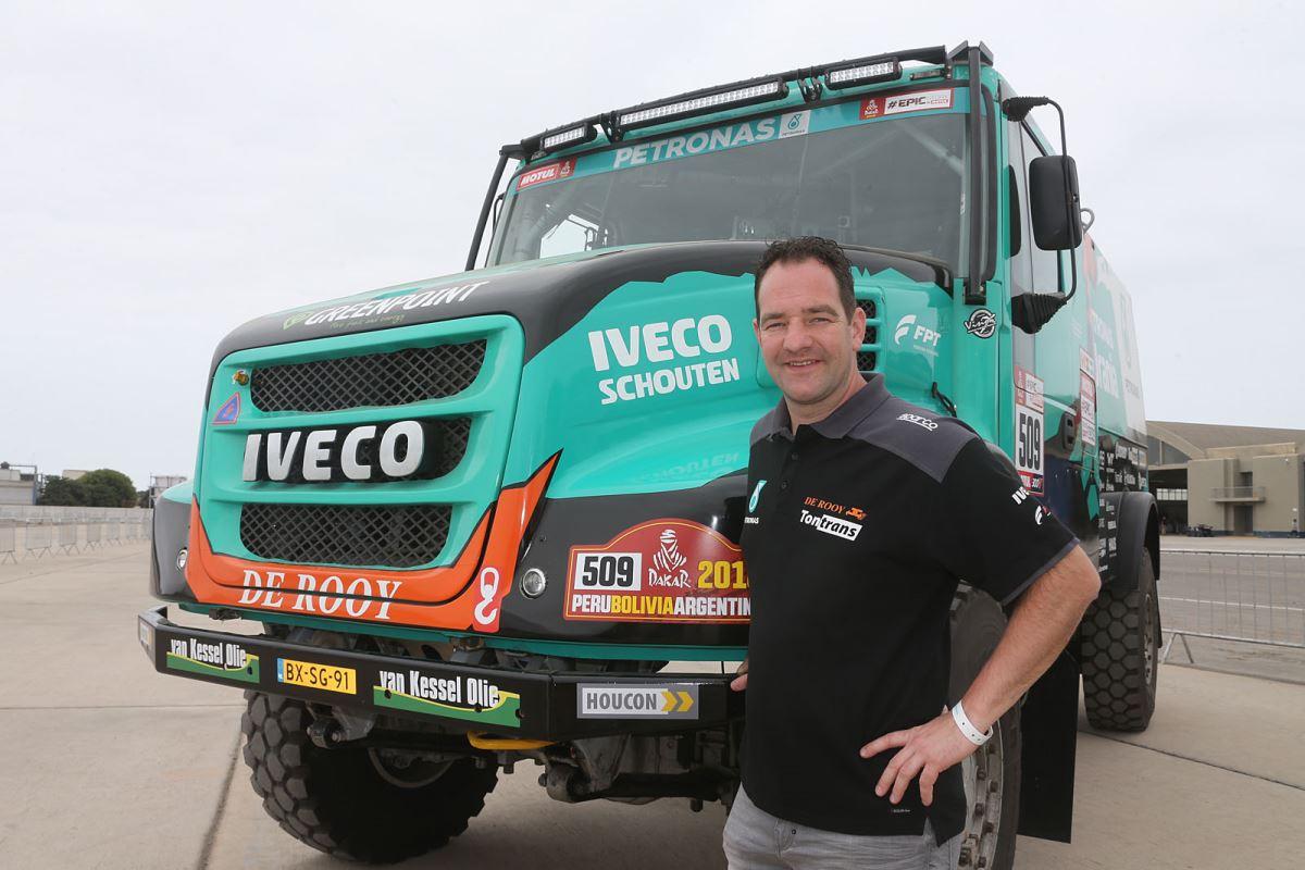 Falleció el piloto neerlandés Ton Van Genugten del equipo De Rooy